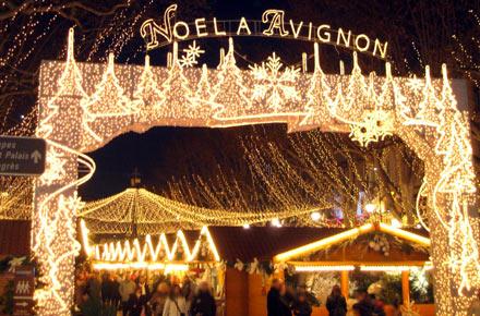 Рождественские рынки в Провансе, Рождественский рынок в Авиньоне: лучшие рождественские рынки Франции, самое красивое Рождество во Франции, Прованс достопримечательности, время работы рынка, расписание рждественского рынка в Авиньоне, рождество в Провансе, лучшие места во Франции, куда поехать на рождество во Францию, рождественские рынки в январе, Франция зимой, куда поехать во Францию зимой, новый год во Франции, праздники во Франции, зима во Франции, расписание рождественских рынков, рождественские традиции Франции