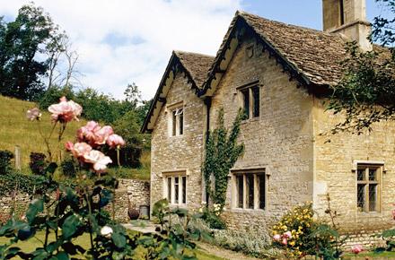 I pi bei borghi del regno unito for Case di cottage inglesi