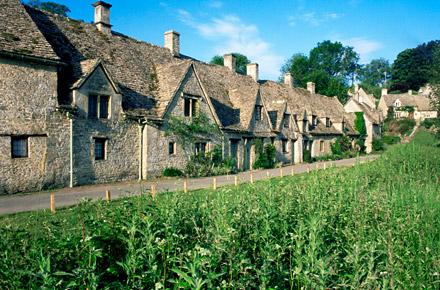 I pi bei borghi del regno unito for Piccoli piani casa del sud del cottage