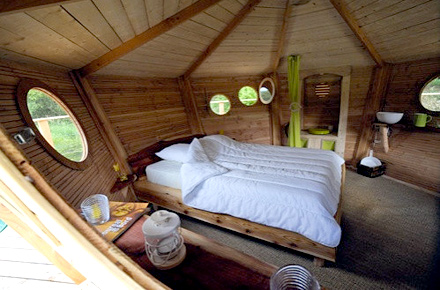 Back to your childhood in Brittany: Cabane en l'Air